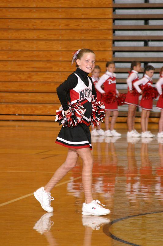 North Gwinnett East (Cheer-off 3rd grade 10-3-04)
