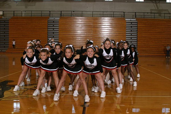 North Gwinnett(Cheer-off 8th grade 10-3-04
