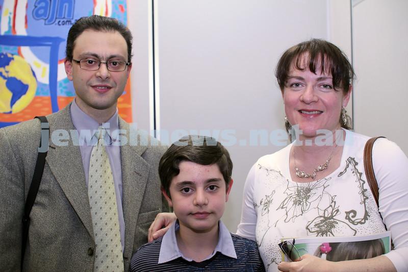 27-10-2011. Rosh Hashanah card competition finalists 2011. Felix, Matthew and Yulia Kolomeysky. Photo: Lochlan Tangas