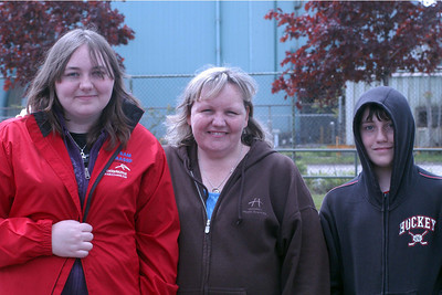 Julie and her family ... we were able to help her out with a travelling hockey bag ... but she never returned it