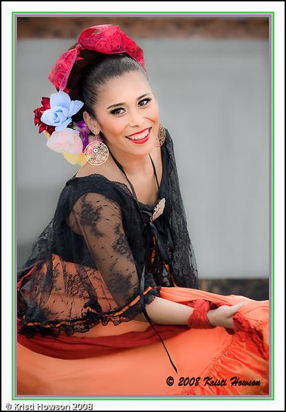 Fiesta Dancer at Mercado de la Guerra