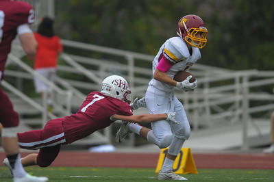 Sacred Heart Prep Gators defeated the Menlo-Atherton Bears 31-21.  2014-10-31