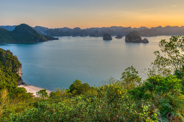 Soi Sim Island, Ha Long Bay