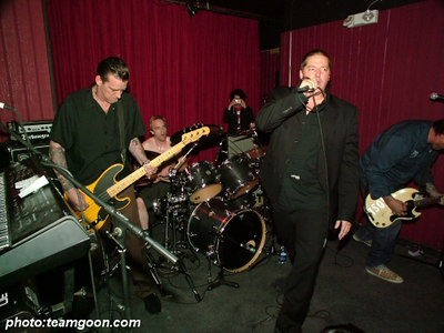 TSOL - Complete Control Night at The Scene in Glendale, CA - December 8, 2005