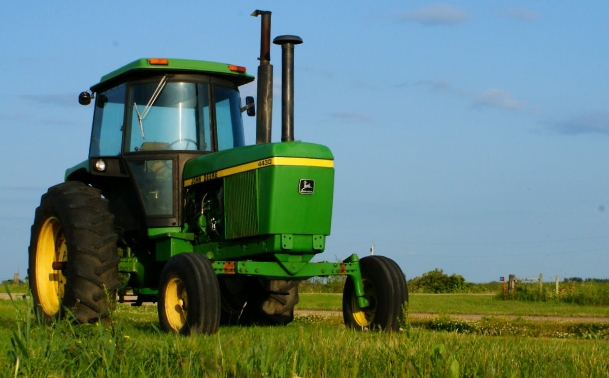 Model 4430 tractor