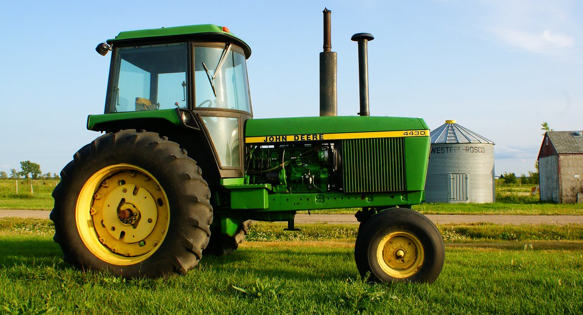 Model 4430 tractor near MacGregor
