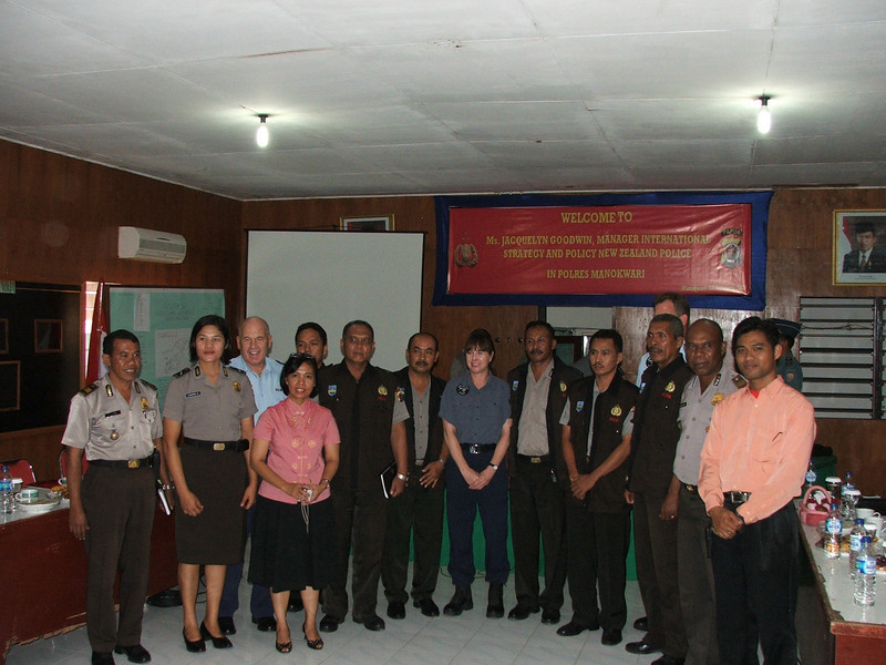 Community policing project in Papua funded under the State Sector Development Partnership. Third from left is Athol Soper, NZ Police Liaison in Jarkata. Jackie Goodwin (centre) is Manager of International Services Group, NZ Police. Credit: New Zealand Ministry of Foreign Affairs and Trade