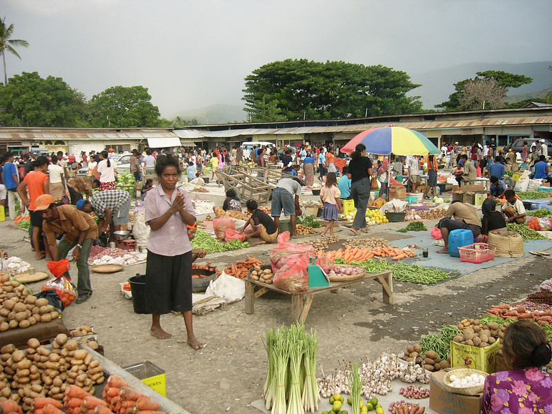 Comoro market in Dili. Credit: New Zealand Ministry of Foreign Affairs and Trade