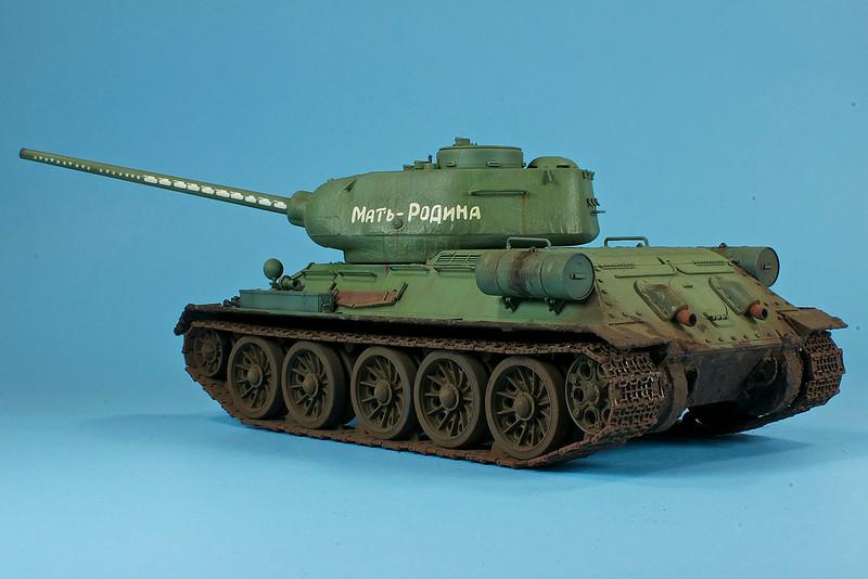 1/35 Dragon T-34/85