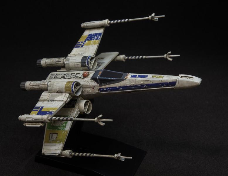 1/144 Bandai T-65 X-Wing