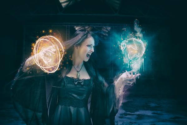 Witch Conjurer