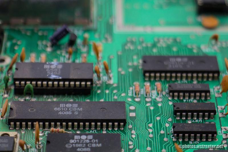CBM 6510<br /> This shot focuses on the CBM 6510 CPU.