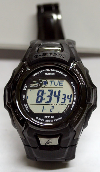 This is my Casio MTG910DA-1V, which is able to set itself. I love this watch.