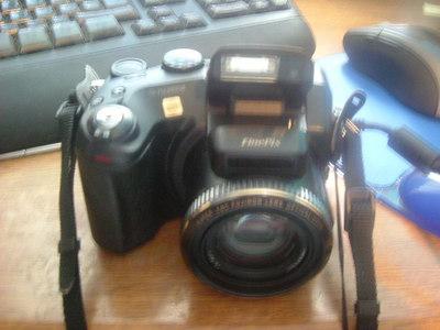 FujiFilm Fine Pix S7000