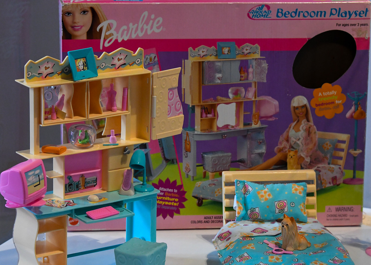 Vintage Barbie Playset