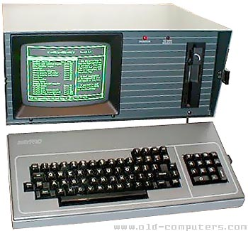 This is my KAYPRO-10.<br /> It had 64 KILObyte memory, and a 10 MEGAbyte harddisk, which was really a 'wow-factor' in those days (1983)..