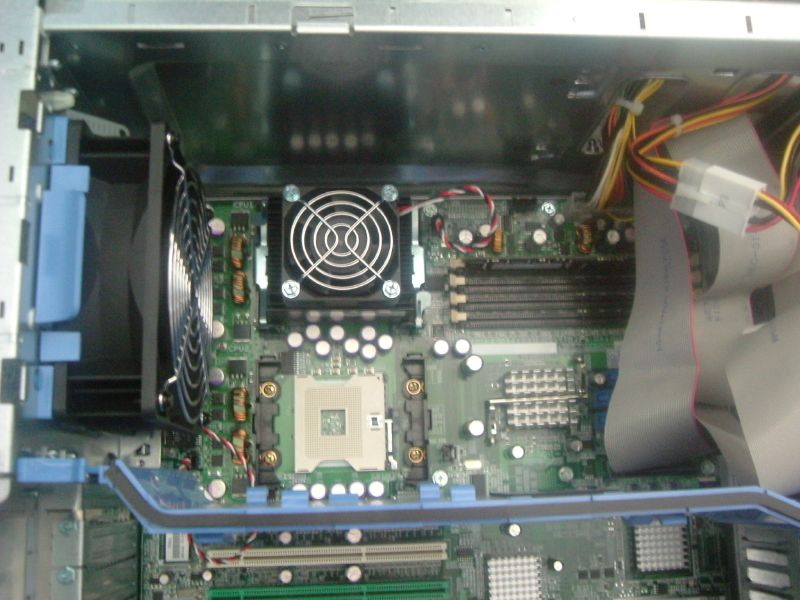 PowerEdge 1600SC CPU and empty socket