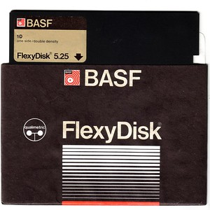 BASF 1D FlexyDisk qualimetric SSDD - disk and sleeve front