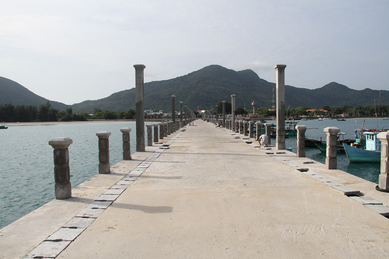 Ministry of Tourism started to build the new Pier, but the army decided they wanted in on the action and took it over