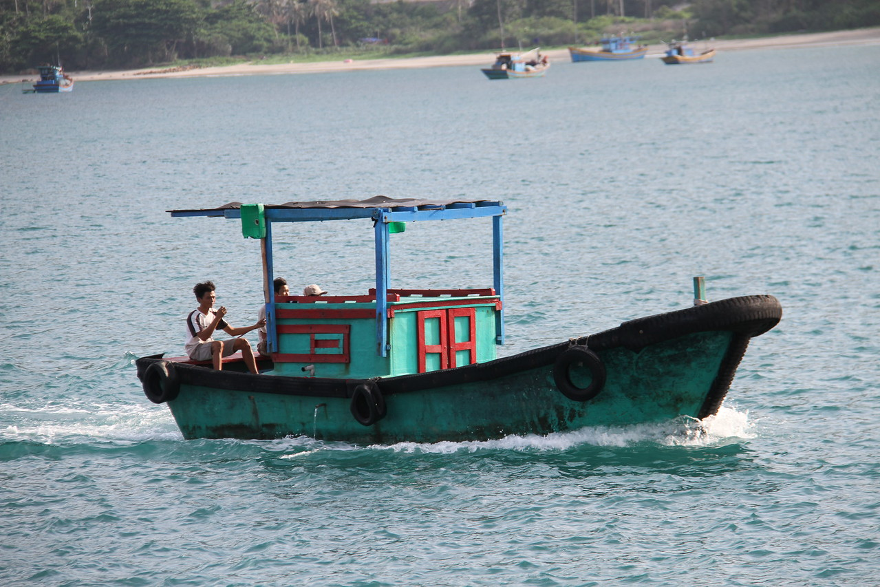 Very simple fishing boat