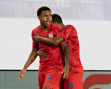 Weston Mckennie #8, Reggie Cannon #14