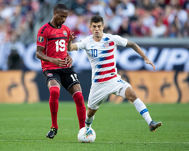 Christian Pulisic #10, Kevan George #19