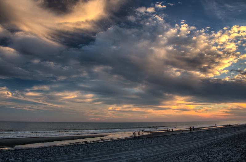 Beach Clouds 2 HDR lt
