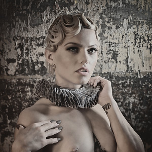 Larissa Unruffled - Vintage