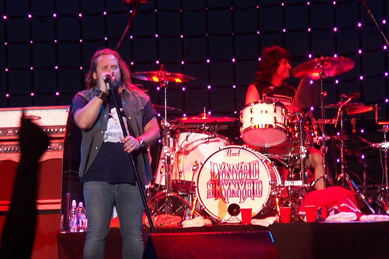 Johnny Van Zant and Michael Cartellone