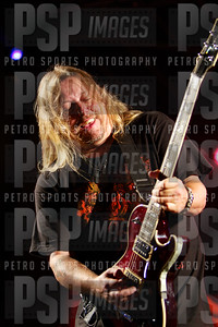 051813 _Bret _Michaels_concert_- 1308
