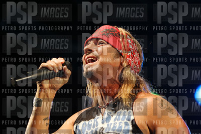051813 _Bret _Michaels_concert_- 1144