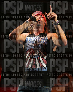 051813 _Bret _Michaels_concert_- 1243