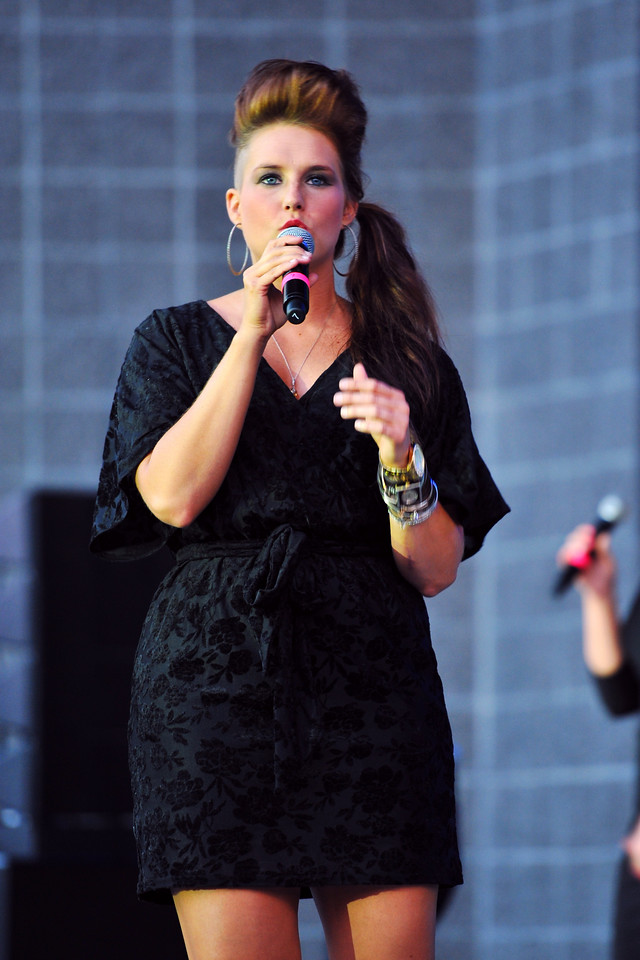Amy Whitcomb performs with Delilah during the A Cappellastock at the Ogden Amphitheater on August 25, 2012. (ROBBY LLOYD/Special to the Standard-Examiner)