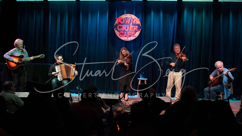 Altan <br /> Towne Crier Cafe, Beacon, NY <br /> July 27, 2014 <br /> Photo by Stuart Berg