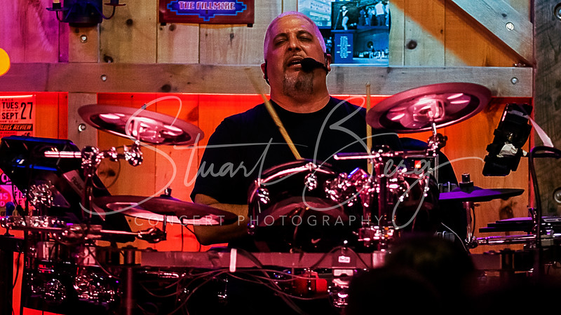 Beyond the Wall  <br /> October 21, 2018  <br /> Daryl's House Club  <br /> Pawling, NY  <br />  ©Stuart M Berg 2018  <br /> <br /> Beyond the Wall  <br /> <br /> Ray DiStephan - Vocals, Drums, Percussion  <br /> David Jameson - Keyboards  <br /> Tim McGrath - Guitar, Vocals  <br /> Mitch Kalmus - Guitar, Vocals  <br /> Mike Canavan - Bass, Vocals  <br /> Stacey Snyder - Vocals