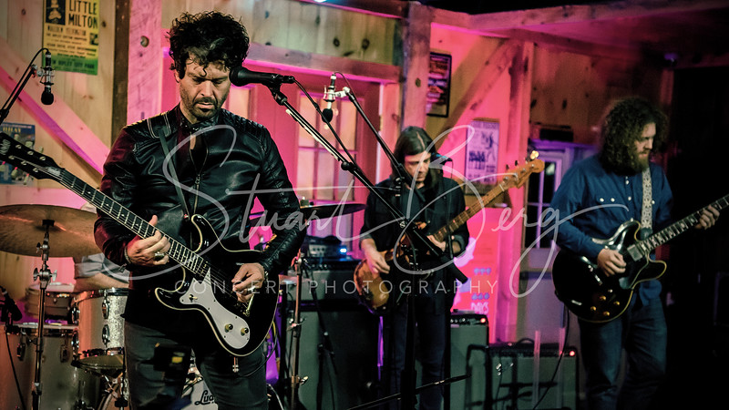 Doyle Bramhall II  <br /> November 10, 2017  <br /> Daryl's House Club  <br /> Pawling, NY  <br />  ©Stuart M Berg<br /> <br /> <br /> Doyle Bramhall II - Guitars, Lead Vocals  <br /> Adam Minkoff - Keyboards, Guitar, Vocals  <br /> Ted Pecchio - Bass, Vocals  <br /> Brian Wolfe - Drums, Percussion