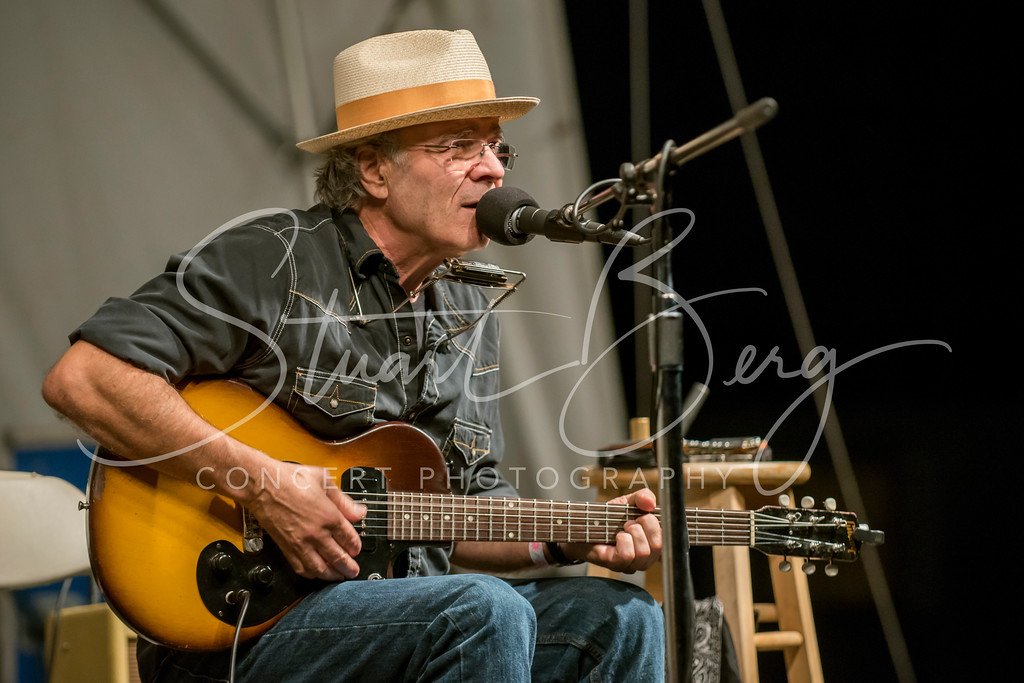 xxxx  <br /> Falcon Ridge Folk Festival  <br /> 8-2-15  <br /> Photo by Stuart Berg