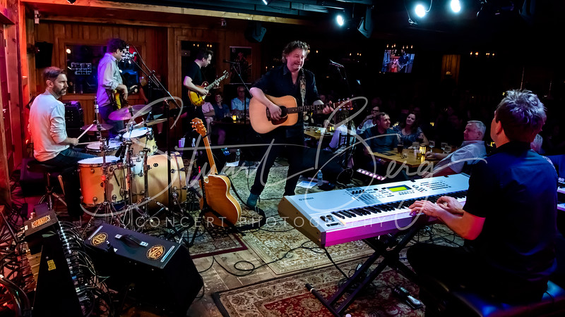 James Maddock  <br /> July 13, 2018   <br /> Daryl's House Club  <br /> Pawling, NY  <br />  ©Stuart M Berg<br /> <br /> James Maddock - Vocals, Guitars   <br /> Jason Darling - Guitar, Backing Vocals   <br /> Malcolm Gold -  Bass   <br /> Ben stivers - Keyboards   <br /> Bill Campbell - Drums