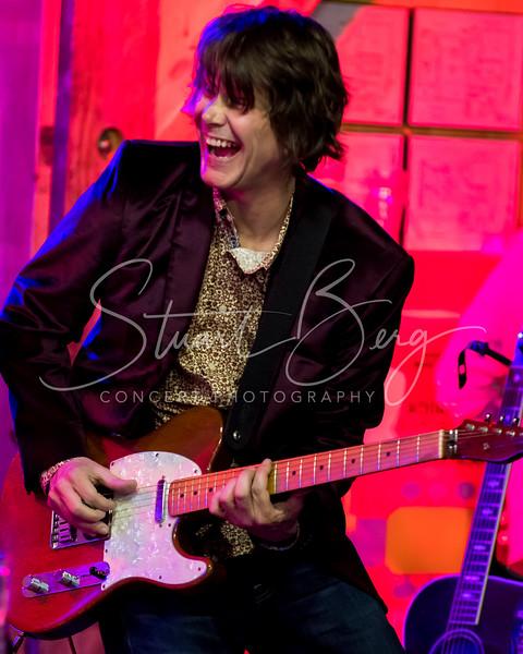 Joan Osborne  <br /> April 19, 2018  <br /> Daryl's House Club  <br /> Pawling, NY  <br />  ©Stuart M Berg<br /> <br /> Joan Osborne - Vocals, Guitar, Percussion  <br /> Jim Boggia - Guitar, Vocals  <br /> Keith Cotton - Keyboard, Vocals