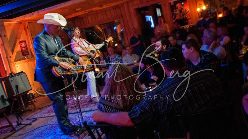 Junior Brown  <br /> 5-19-16  <br /> Daryl's House Club, Pawling, NY <br /> ©StuartBerg 2016