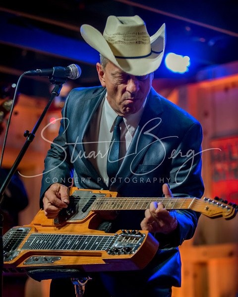 Junior Brown  <br /> 5-19-16  <br /> Daryl's House Club, Pawling, NY <br /> ©StuartBerg 2016