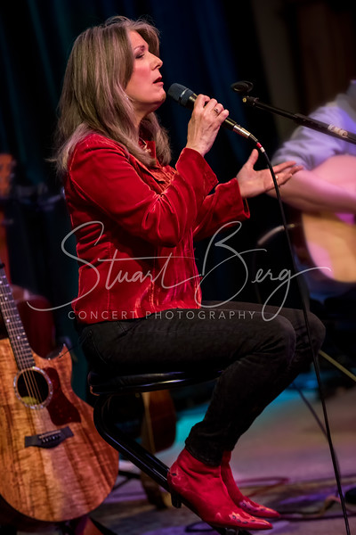 Kathy Mattea  <br /> Towne Crier Cafe, Beacon, NY  <br /> April 24, 2015  <br /> Photo by Stuart Berg
