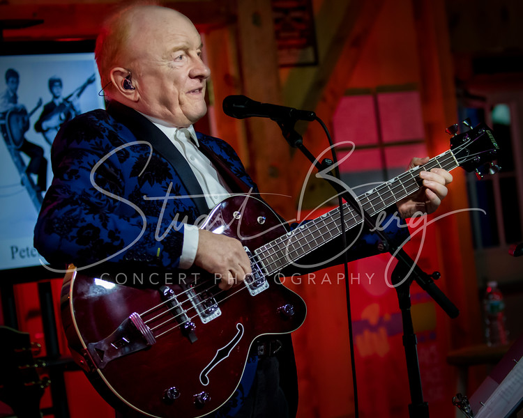 Peter and Jeremy  <br /> March 14, 2018  <br /> Daryl's House Club  <br /> Pawling, NY  <br />  ©Stuart M Berg  <br /> <br /> Peter and Jeremy  <br /> <br /> Peter Asher - Guitar, Bass, Banjolele, Vocals  <br /> Jeremy Clyde - Guitar, Vocals  <br /> Jeff Alan Ross - Keyboards, Guitar, Vocals