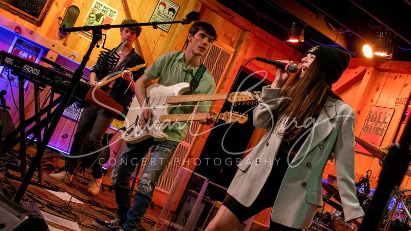 Platinum Moon <br /> Daryl's House Club<br /> Pawling, NY  <br /> May 13, 2021 <br /> ©Stuart M Berg <br />  <br /> Platinum Moon <br /> Anton Klettnera - Guitar <br /> Ethan Grosman – Drums, vocals <br /> Ava Anduze  - Vocals, guitar, bass <br /> Calvin Strothenke – Bass, guitar, vocals <br /> Joseph Klettner -Keyboards, Guitar