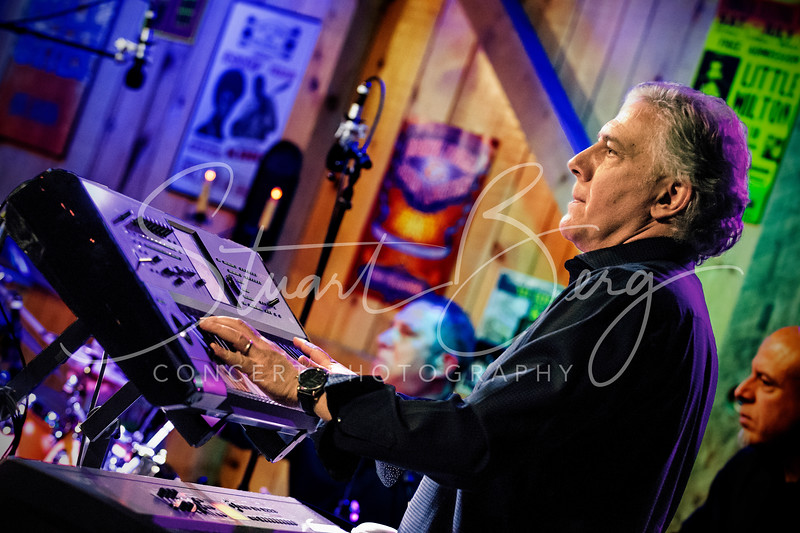 Porter Carroll Jr   <br /> Feb. 14, 2019   <br /> Daryl's House Club  <br /> Pawling, NY  <br />  ©Stuart M Berg<br /> <br /> Porter Carroll Jr - Vocals   <br /> Danny Obadia - Keyboards   <br /> Andy Abel - Guitar   <br /> Dave Livolsi - Bass   <br /> Joel Rosenblatt - Drums, Percussion