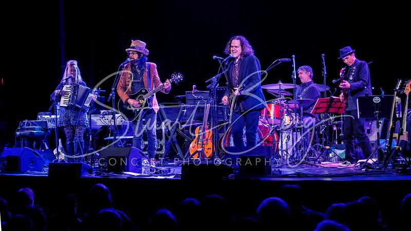 Slambovian Circus of Dreams  <br /> Tarrytown Music Hall, Tarrytown, NY  <br /> Nov. 20, 2015  <br /> Photo by Stuart Berg