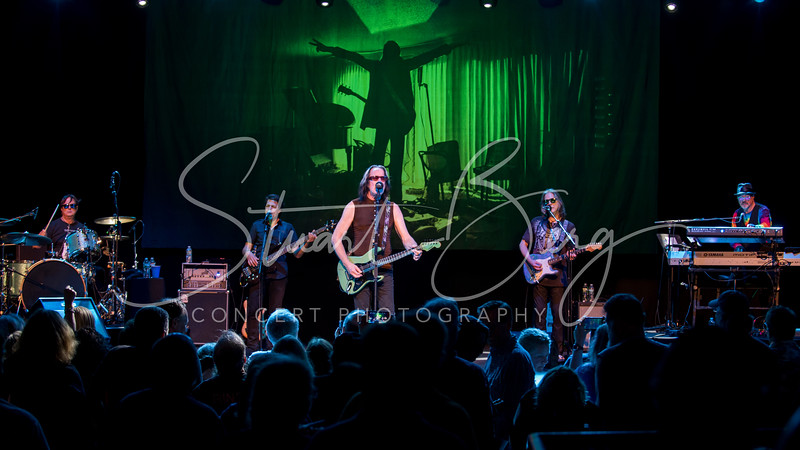 Todd Rundgren  <br /> 5-30-16  <br /> College Strett Music Hall  <br /> New Haven, CT  <br /> Presented by Daryll's House Club  <br /> ©StuartBerg 2016