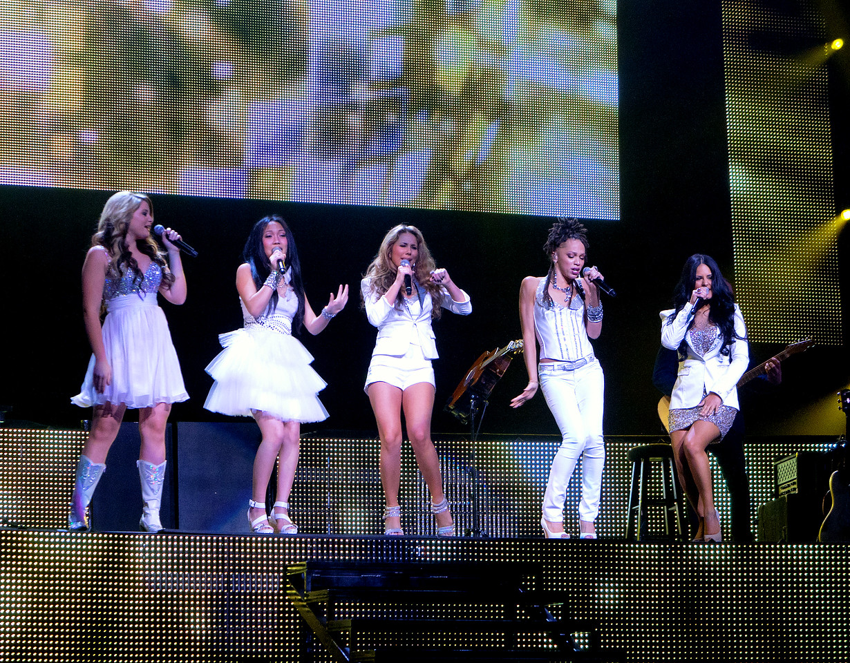 American Idol Season 10 tour show. St. Louis, Missouri, 7/31/11