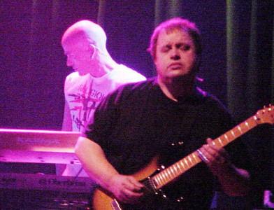 Marillion 9-30-04 Fox Theater (Steve Rothery & Mark Kelly)