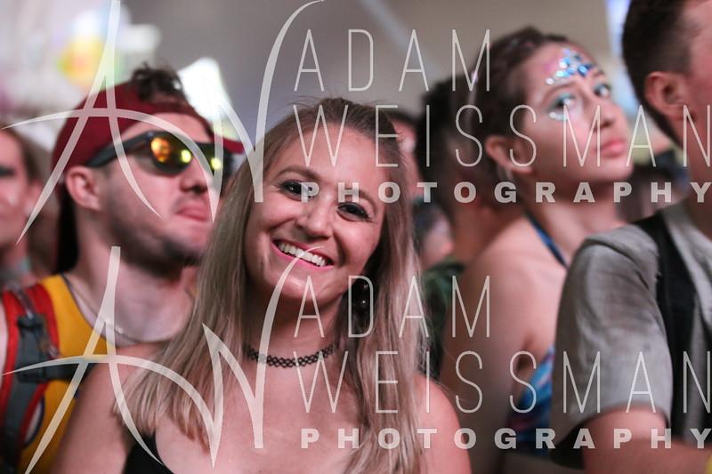 Saturday Crowd Photos at EDC Orlando 2018